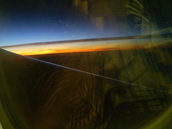3萬英尺高空中..