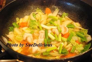 茄汁蝦炒河粉