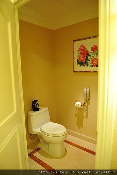 威尼斯人廁所