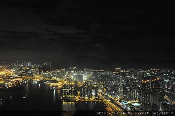 麗思卡爾頓酒店 (The Ritz-Carlton) 豪華海景房 (Deluxe Harbour) 夜景