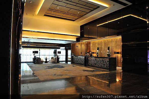 the Ritz-Cartlon Lobby