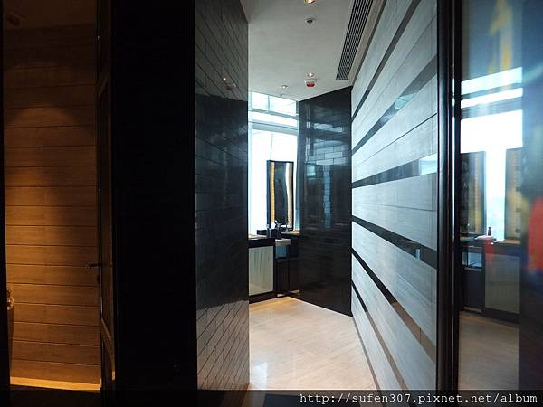 卡爾頓酒店 (The Ritz-Carlton) The Lounge & Bar 化妝室