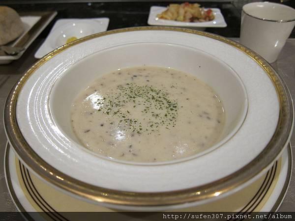 松露野菇濃湯