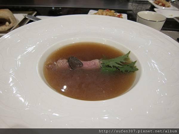 百草牛肉清湯