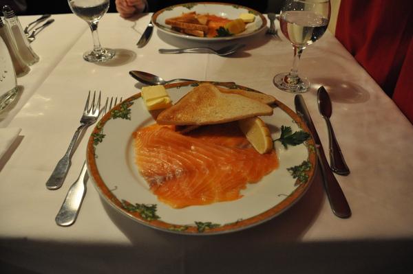 Rouen午餐-前菜:燻鮭魚