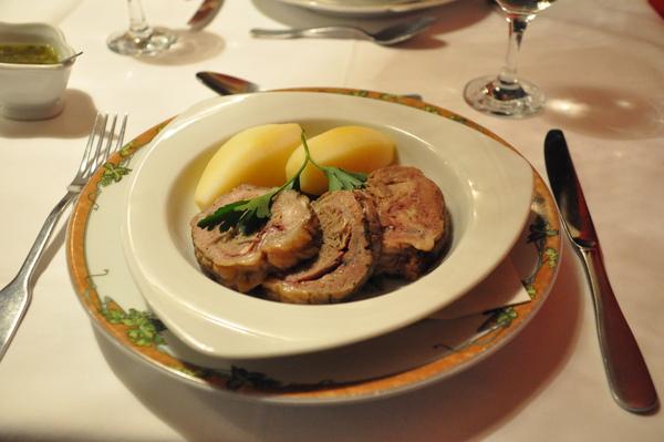 Rouen午餐-主餐:清燉牛膝