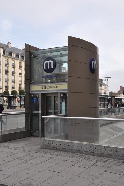 Bretagne.Rennes.地鐵標誌