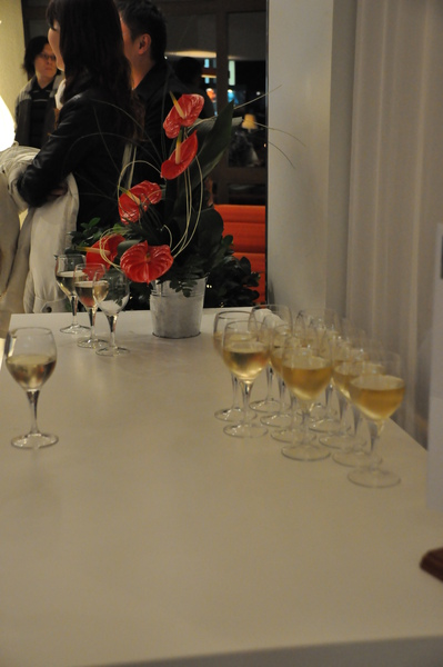 Ambois Novetel Hotel大廳迎賓酒