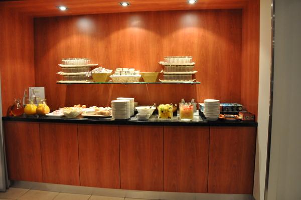 Hotel Novotel Amboise早餐