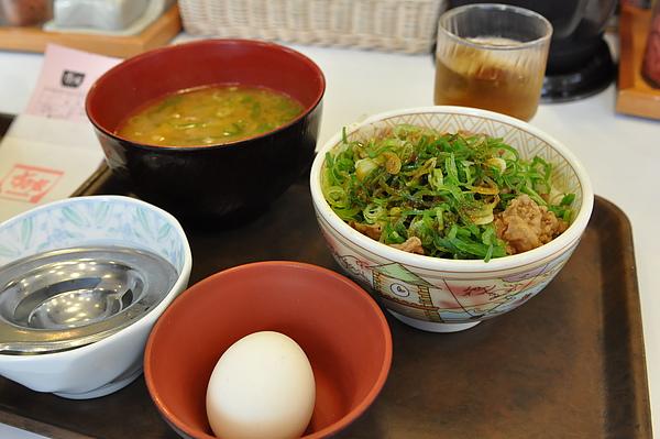 4/13 すき家 早餐