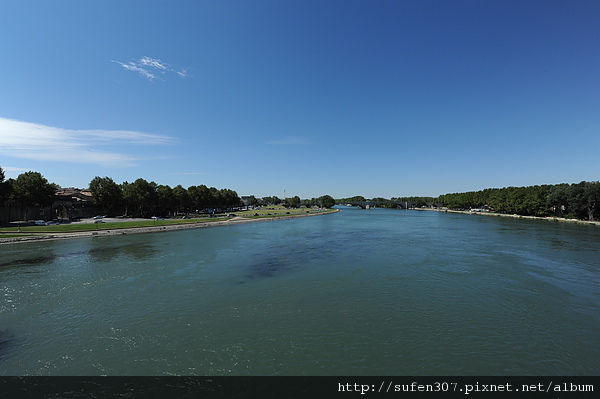 亞維儂隆河
