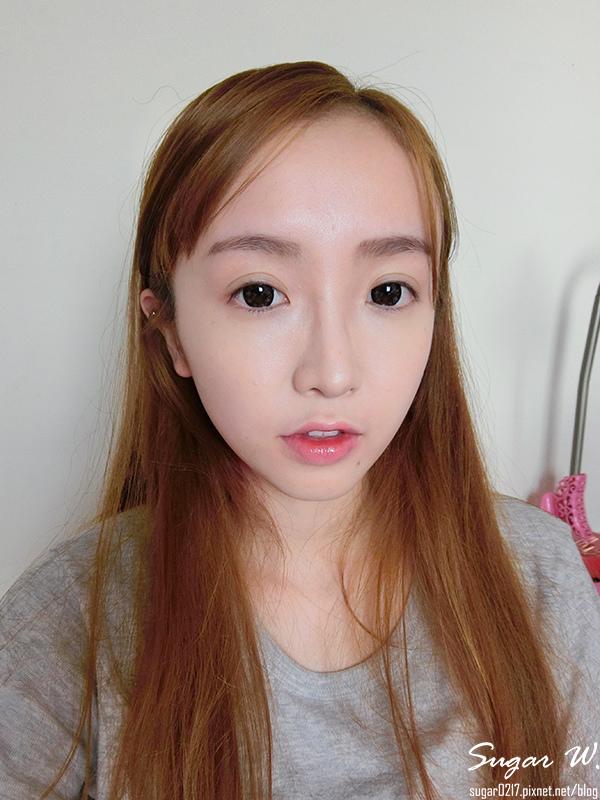 花娜三格格~染唇妝GET