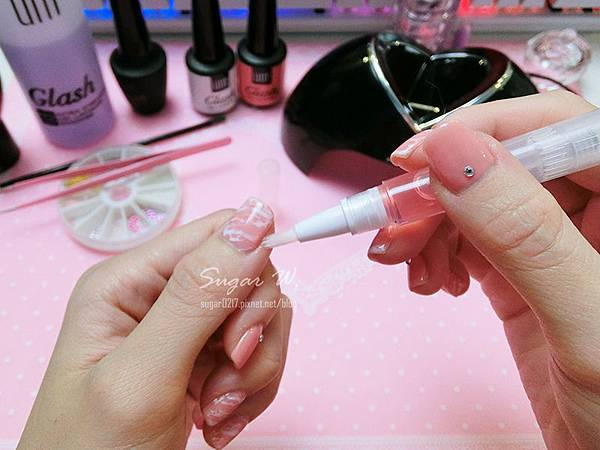 美甲 粉紅 大理石花紋 凝膠指甲 DIY 指彩 指甲彩繪