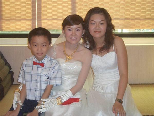 我和新娘子和可愛的花童