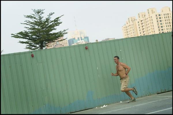跑跑跑.jpg