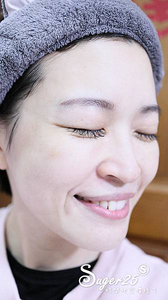 艾杜紗高機能妝前修飾乳加蜂王漿潔顏乳12.jpg