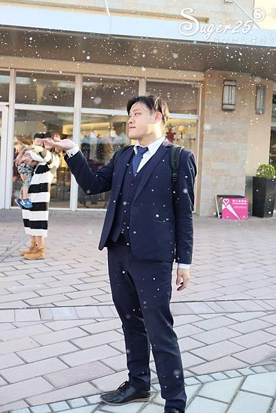 華泰名品城粉紅聖誕樹23.jpg