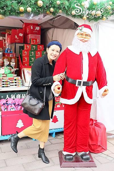 華泰名品城粉紅聖誕樹29.jpg