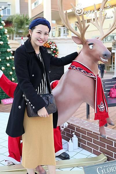 華泰名品城粉紅聖誕樹36.jpg