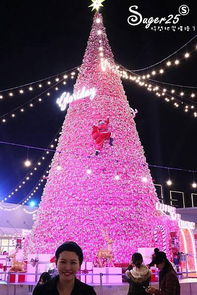 華泰名品城粉紅聖誕樹44.jpg