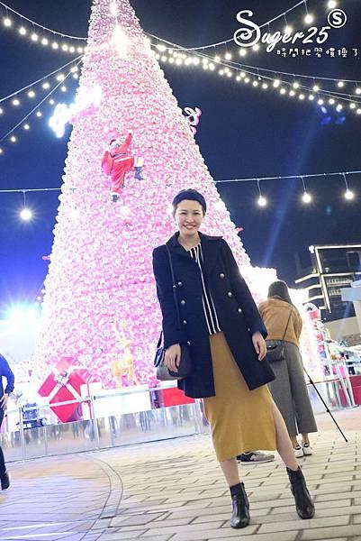 華泰名品城粉紅聖誕樹46.jpg