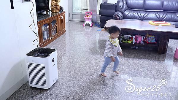 飛利浦奈米級抗敏空氣清淨機AC5659開箱26.jpg