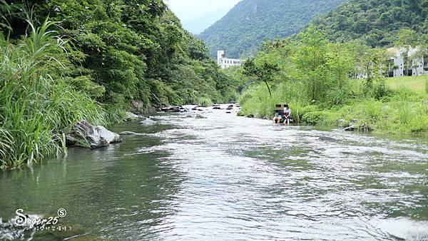 宜蘭景點礁溪免費玩水16.jpg