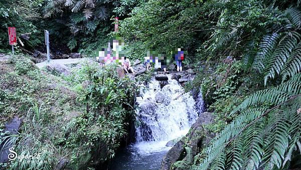宜蘭景點礁溪免費玩水38.jpg