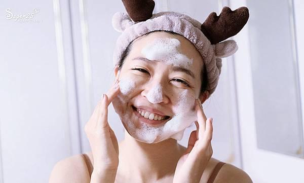 彎彎淨化毛孔皂8.jpg
