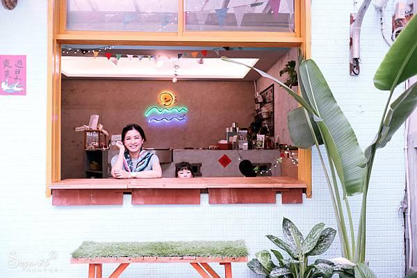 宜蘭羅東野小孩吃車輪餅配咖啡21.jpg