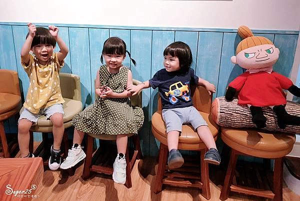 台北Moomin café 嚕嚕米主題餐廳2.jpg