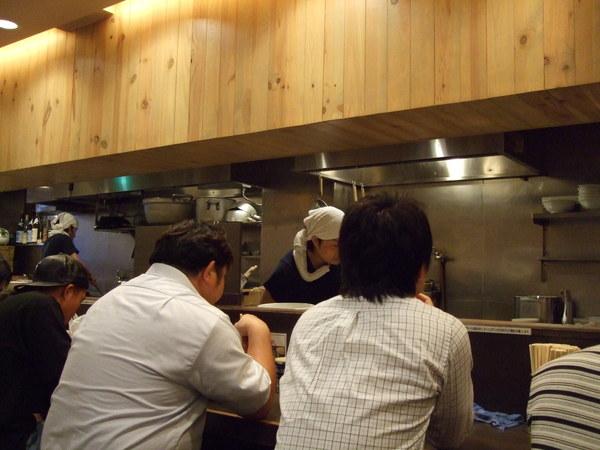 吃拉麵當晚餐