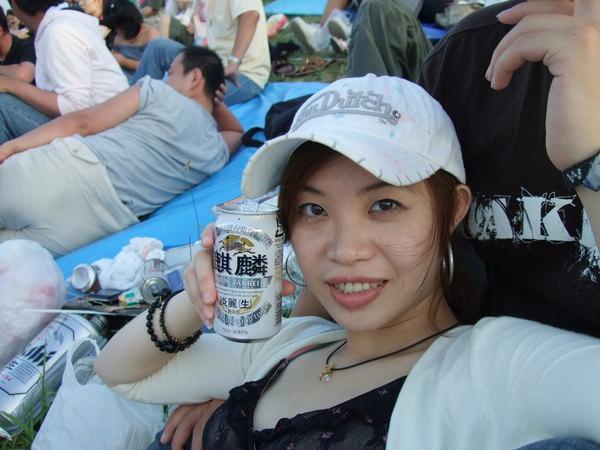 看花火一定要喝之啤酒