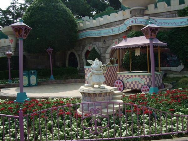 愛麗絲夢遊仙境的兔子