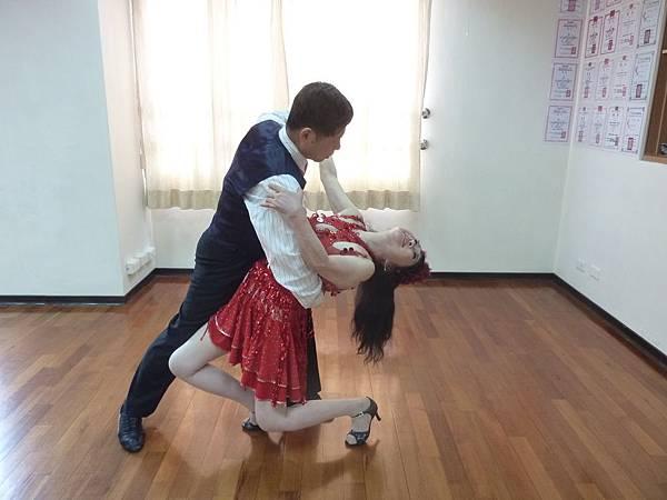C1-社交舞-探戈、吉魯巴-ST1