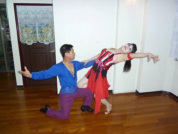 D23-趣味舞姿