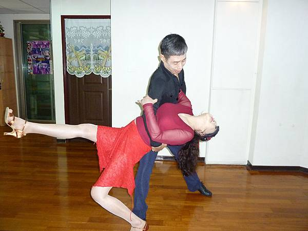 D48-趣味舞姿