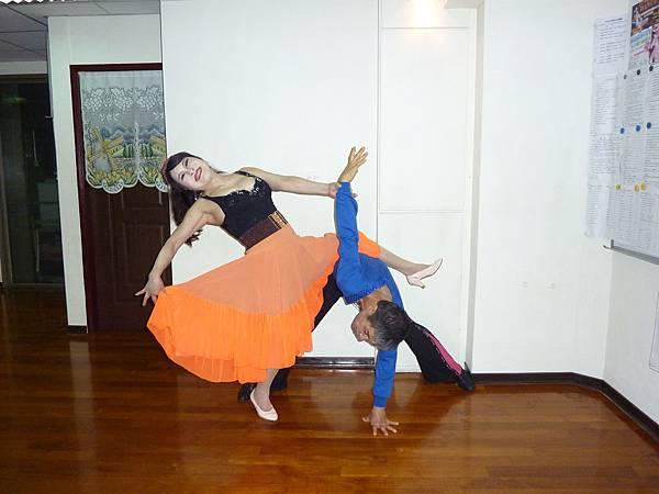 D66-趣味舞姿