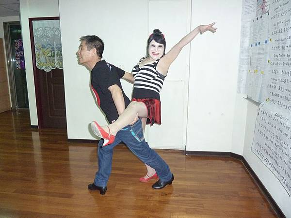 D79-趣味舞姿