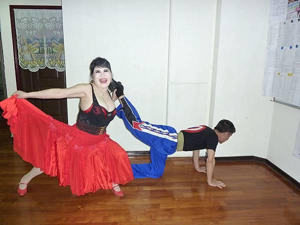 D81-趣味舞姿