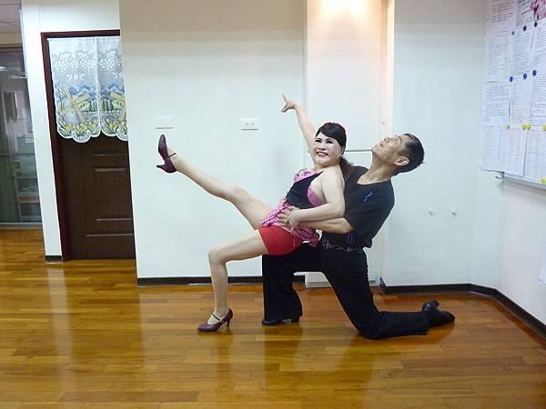 D101-趣味舞姿