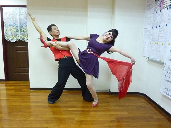 D103-趣味舞姿