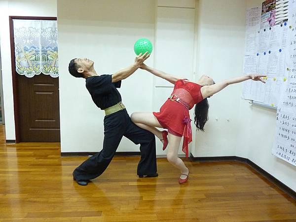 D104-趣味舞姿
