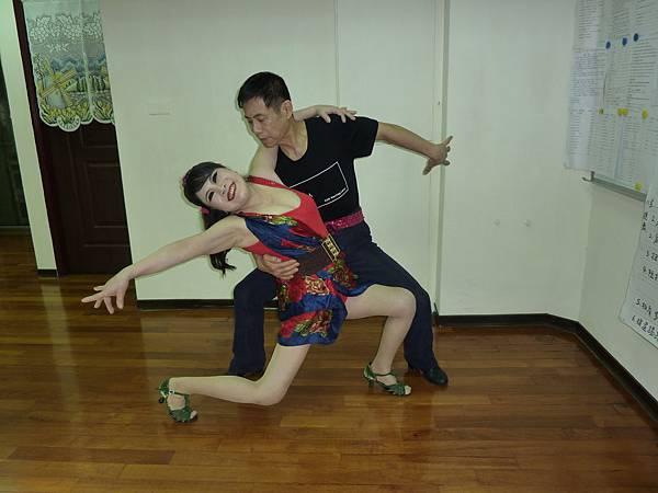 D106-趣味舞姿