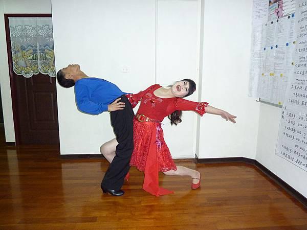 D107-趣味舞姿