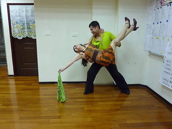 D108-趣味舞姿