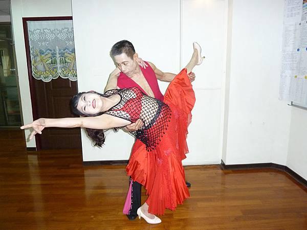 D112-趣味舞姿