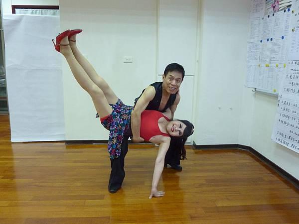 D114-趣味舞姿
