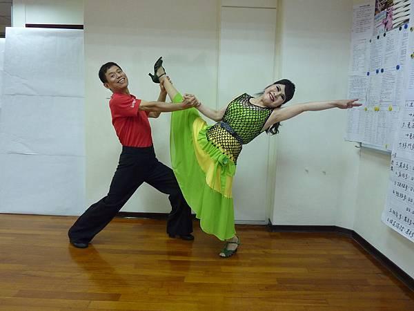 D115-趣味舞姿