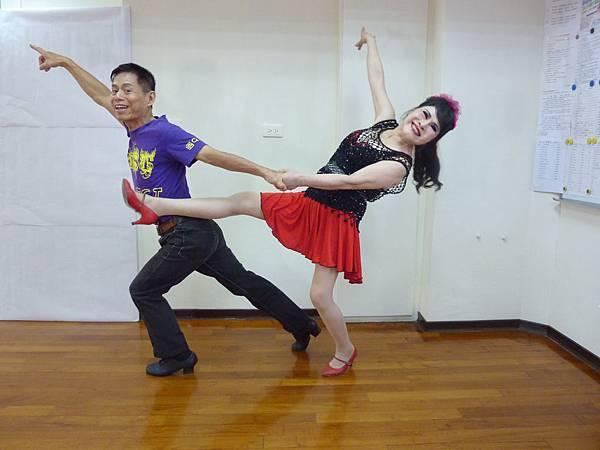 D123-趣味舞姿